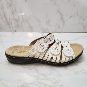 Collection by Clarks White Slide Sandals Size 10